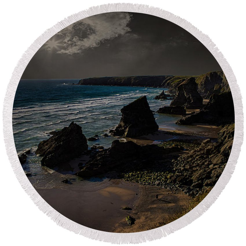 Bedruthan Round Beach Towel featuring the photograph Bedruthan Cornwall by Martin Newman
