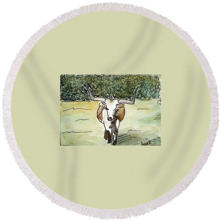 Longhorn Paintings Round Beach Towel featuring the painting Beevo1 by Anna Katherine
