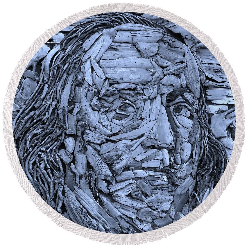 Ben Franklin Round Beach Towel featuring the photograph Ben In Wood Cyan by Rob Hans
