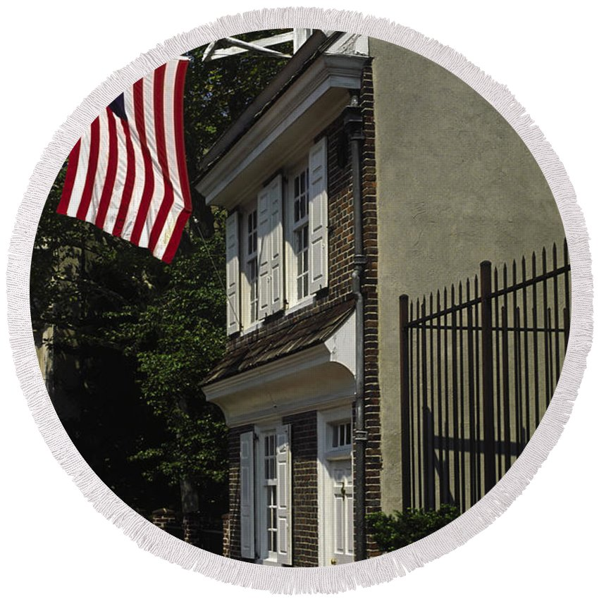 Betsy Ross House Round Beach Towel featuring the photograph Betsy Ross House Philadelphia by Sally Weigand