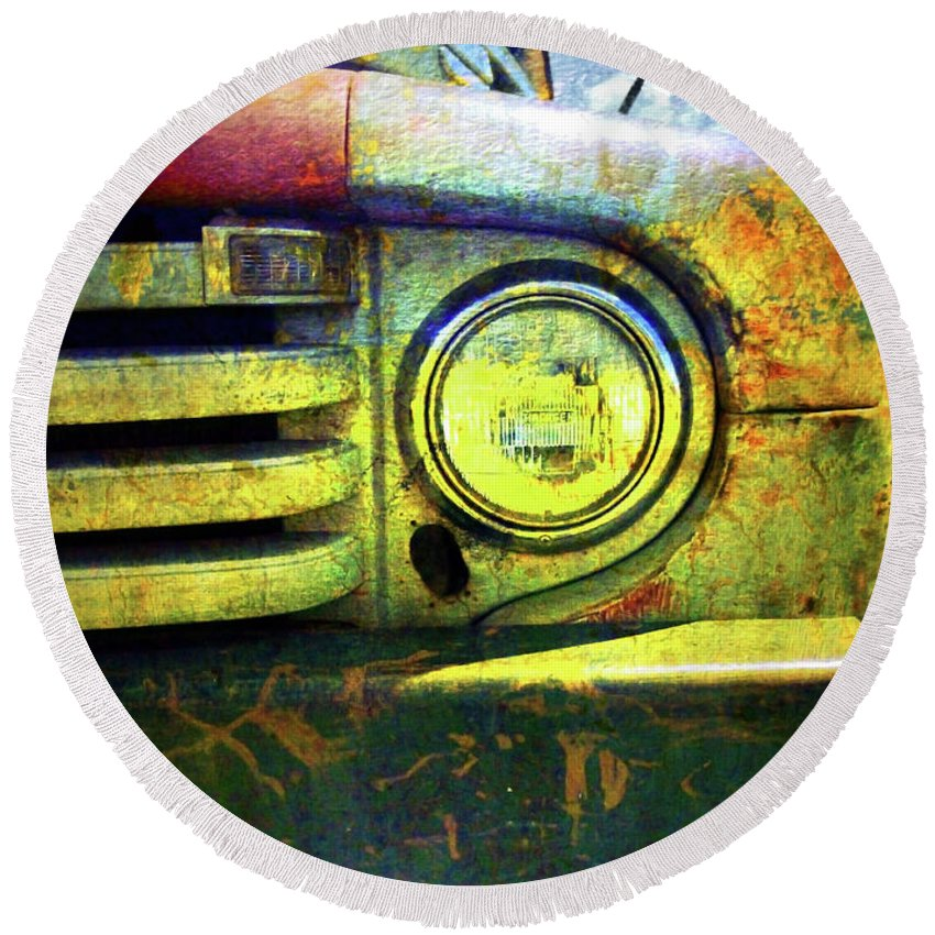 Truck Round Beach Towel featuring the photograph Better Days by Tara Turner