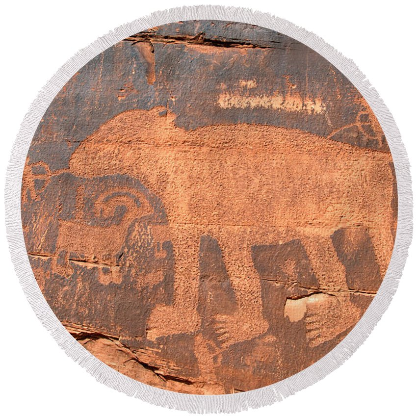Petroglyph Round Beach Towel featuring the photograph Big Bear Petroglyph by David Lee Thompson