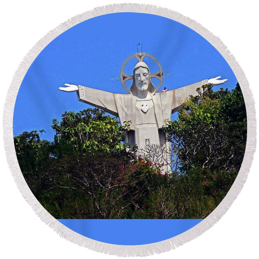 Phu My Round Beach Towel featuring the photograph Big Jesus 1 by Ron Kandt