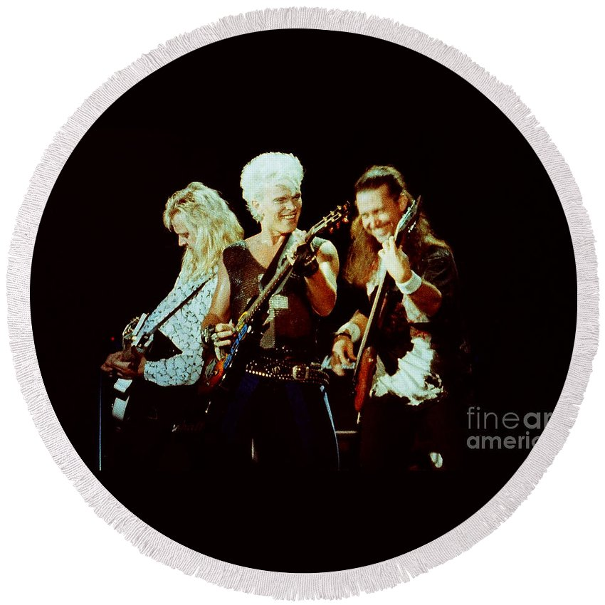 Billy Idol Round Beach Towel featuring the photograph Billy Idol 90-2294 by Gary Gingrich Galleries