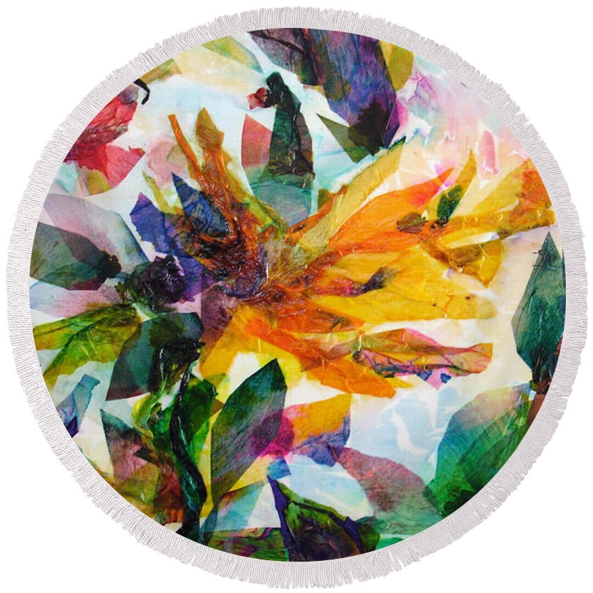 Abstract Round Beach Towel featuring the painting Bird Of Paradise by Barbara Colangelo