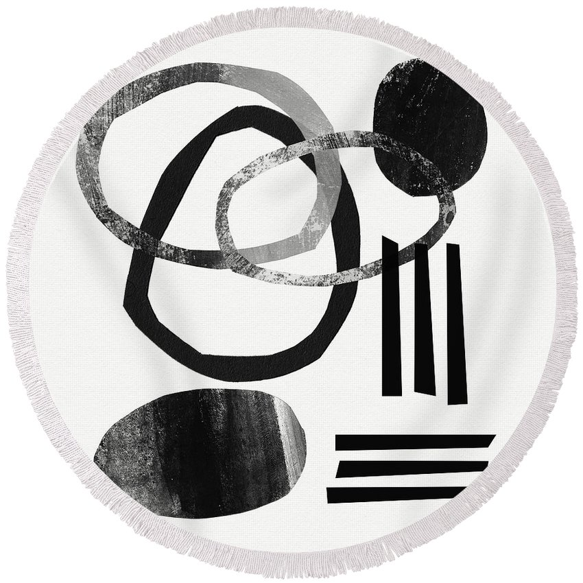 Black And White Abstract Round Beach Towel featuring the mixed media Black And White- Abstract Art by Linda Woods