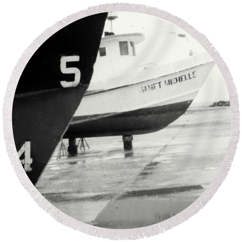 Boat Reflection Black And White Round Beach Towel featuring the photograph Black And White Boat Reflection by Cindy New