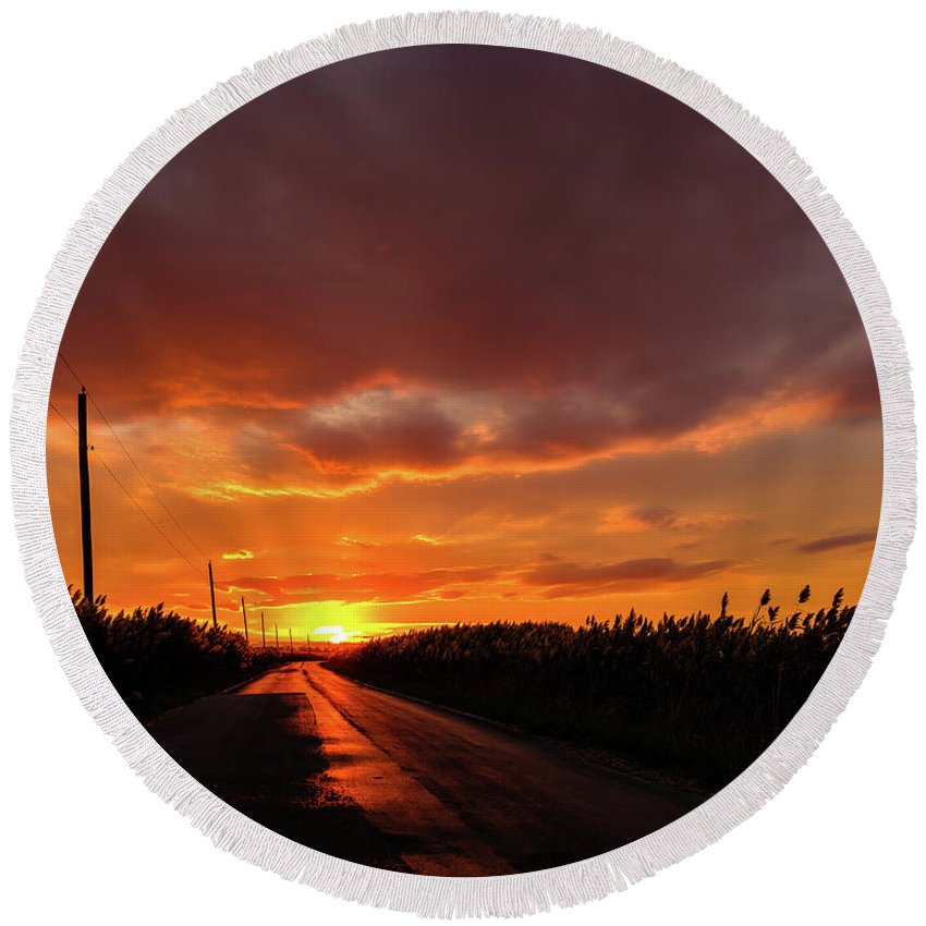Port Mahon Round Beach Towel featuring the photograph Blood And Gold In The Road Sunset At Portmahon Delaware by David Wolanski