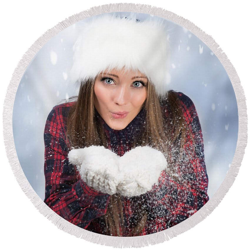 Young Round Beach Towel featuring the photograph Blowing Snow In Winter by Amanda Elwell