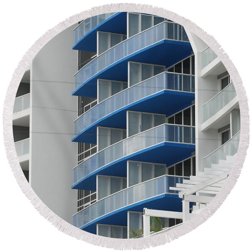 Architecture Round Beach Towel featuring the photograph Blue Bayu by Rob Hans