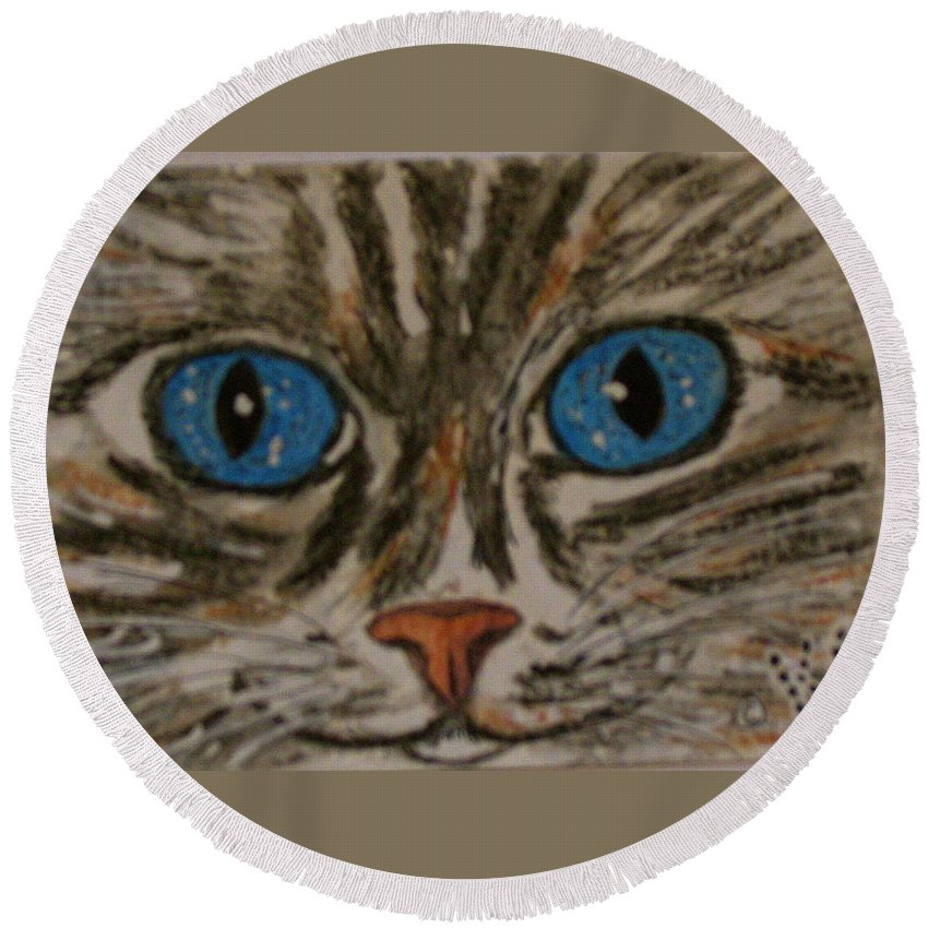 Blue Eyes Round Beach Towel featuring the painting Blue Eyed Tiger Cat by Kathy Marrs Chandler