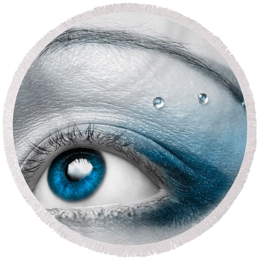 Eye Round Beach Towel featuring the photograph Blue Female Eye Macro With Artistic Make-up by Maxim Images Prints