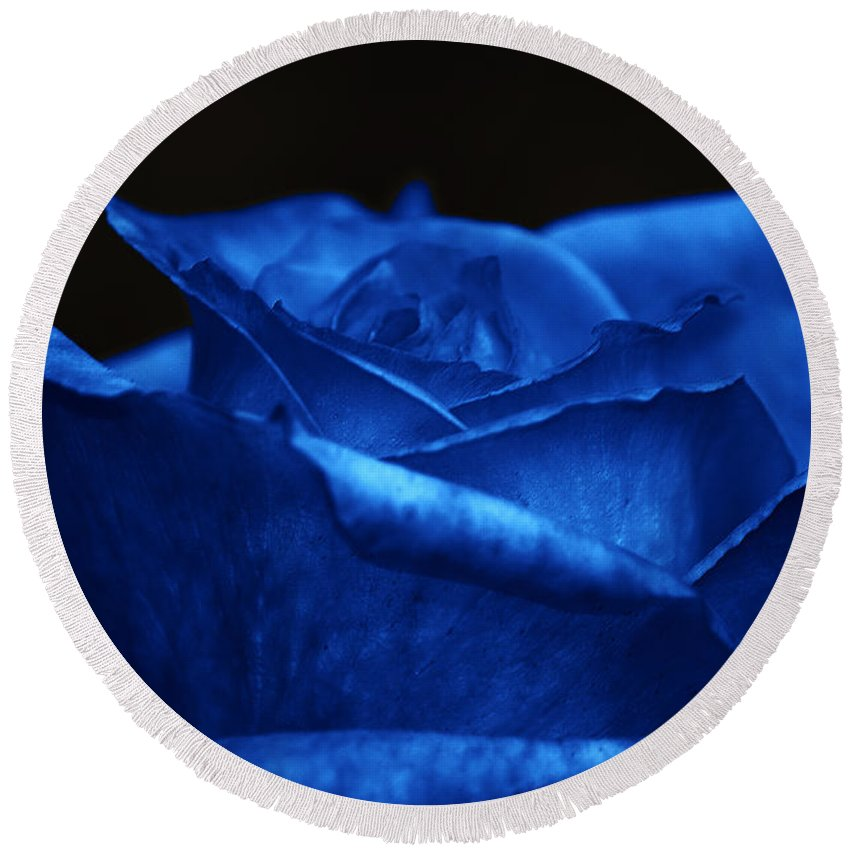 Clay Round Beach Towel featuring the photograph Blue Rose by Clayton Bruster