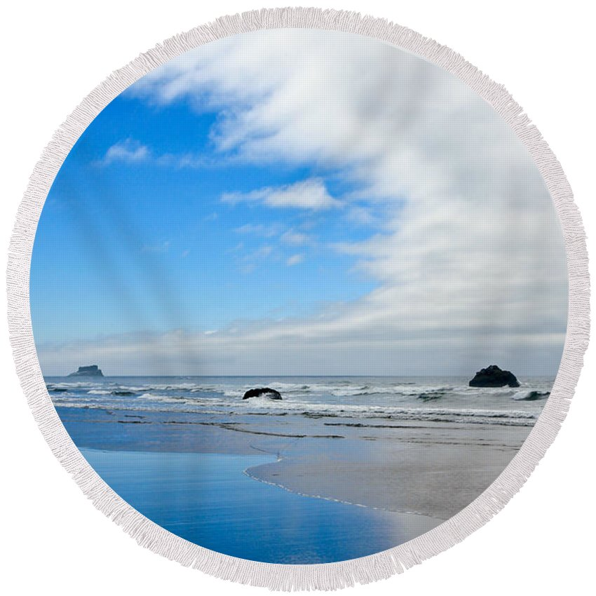 Beaches Round Beach Towel featuring the photograph Blue Sky Beaches by Athena Mckinzie