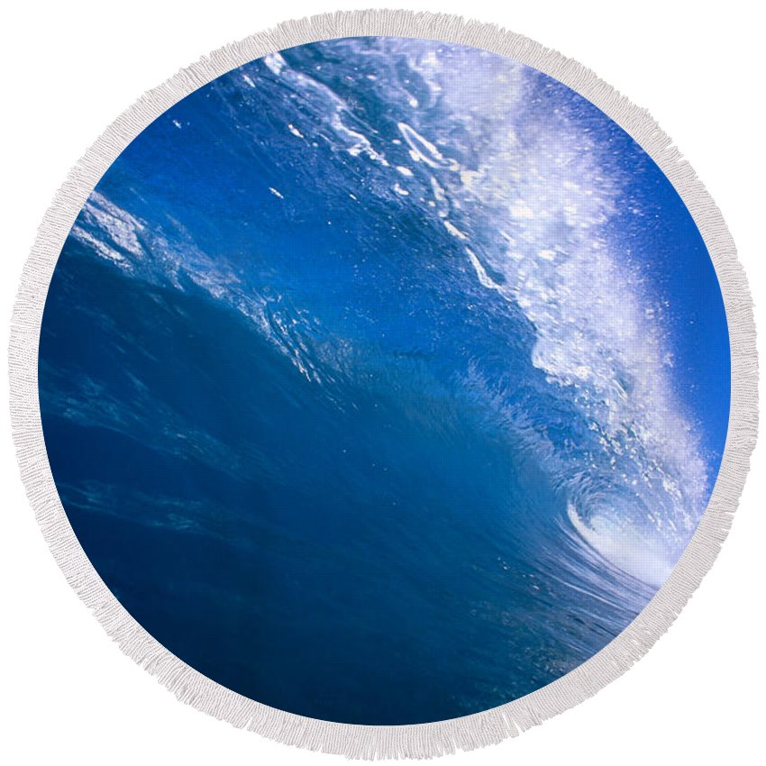 B1494 Round Beach Towel featuring the photograph Blue Translucent Wave by Vince Cavataio - Printscapes