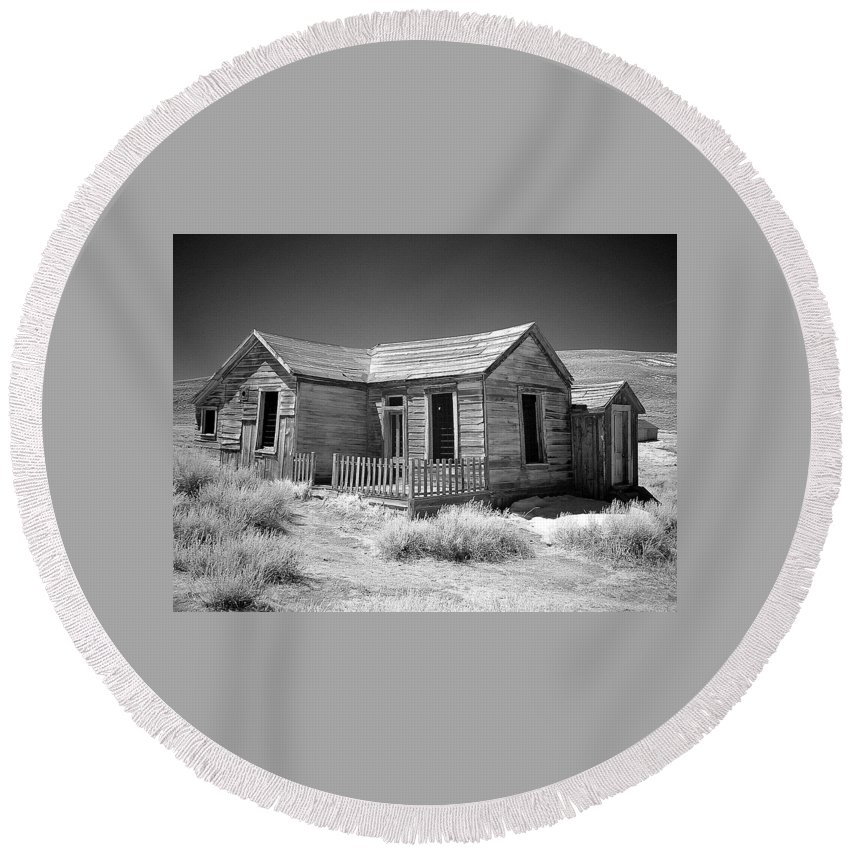Landscape Round Beach Towel featuring the photograph Bodie Starter Home by Duane Middlebusher