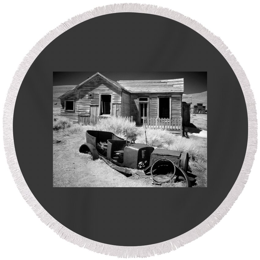 Landscape Round Beach Towel featuring the photograph Bodie Time Capsule by Duane Middlebusher