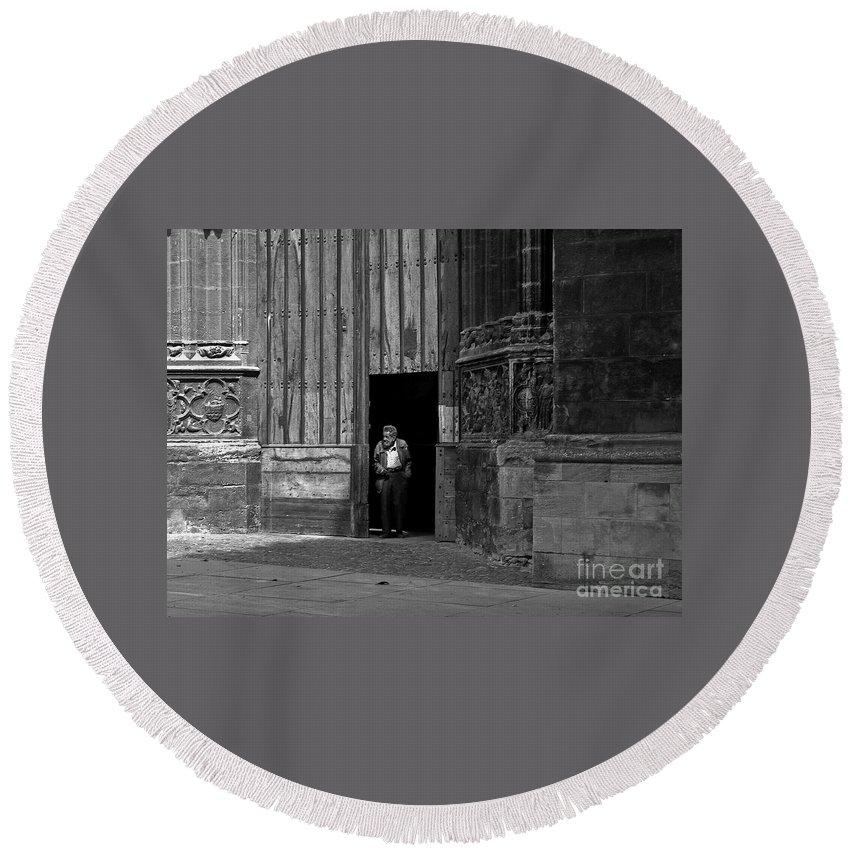 Bordeaux Round Beach Towel featuring the photograph Bordeaux Church Door by Thomas Marchessault