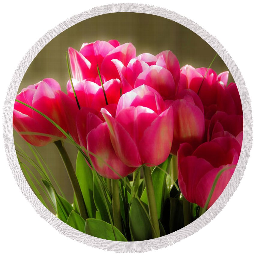 Tulips Round Beach Towel featuring the photograph Bouquet Of Flowers by Wolfgang Stocker