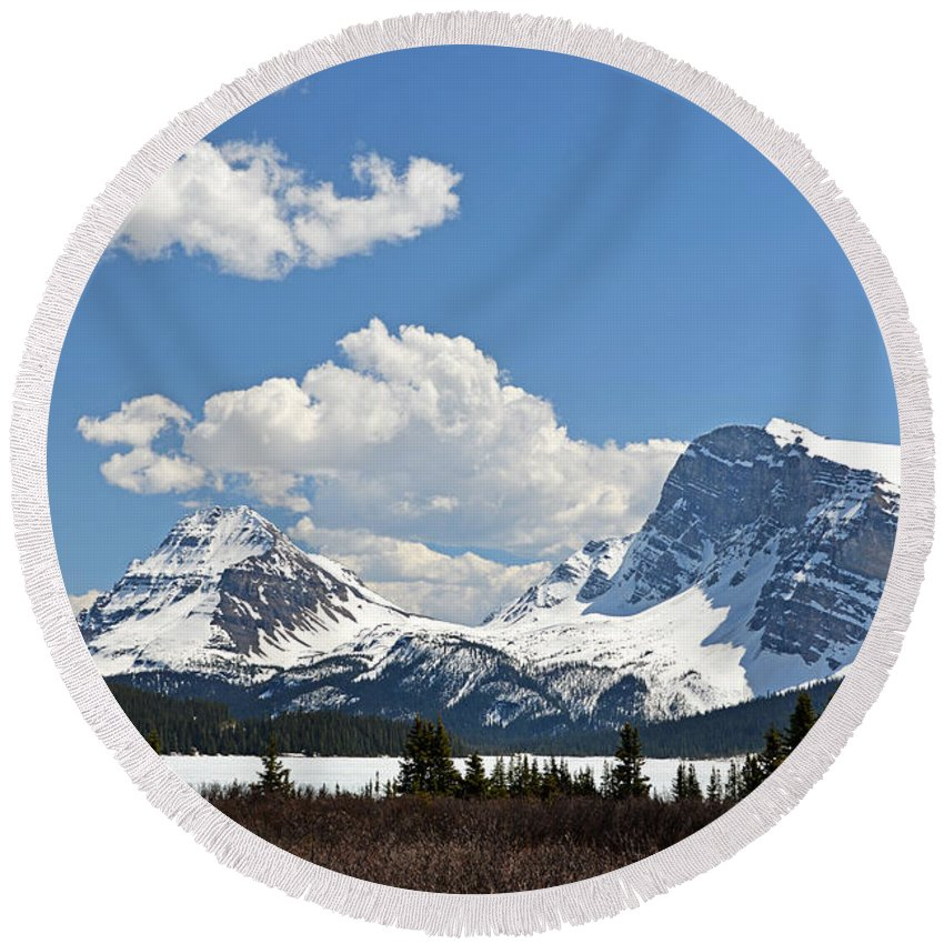 Bow Lake Round Beach Towel featuring the photograph Bow Lake Vista by Ginny Barklow