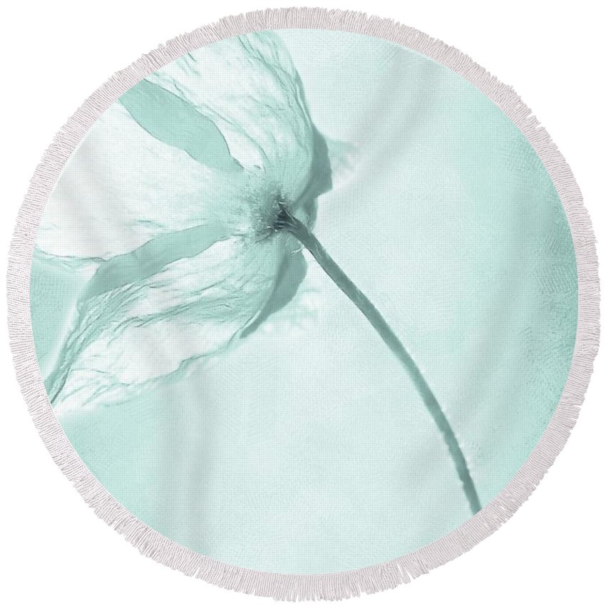 Flower Round Beach Towel featuring the painting Breeze by Jacky Gerritsen