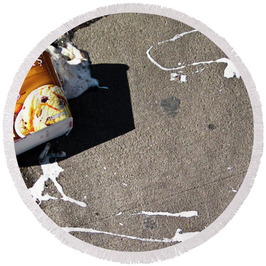 Spilled Round Beach Towel featuring the photograph Breyers Lost by Angus Hooper Iii