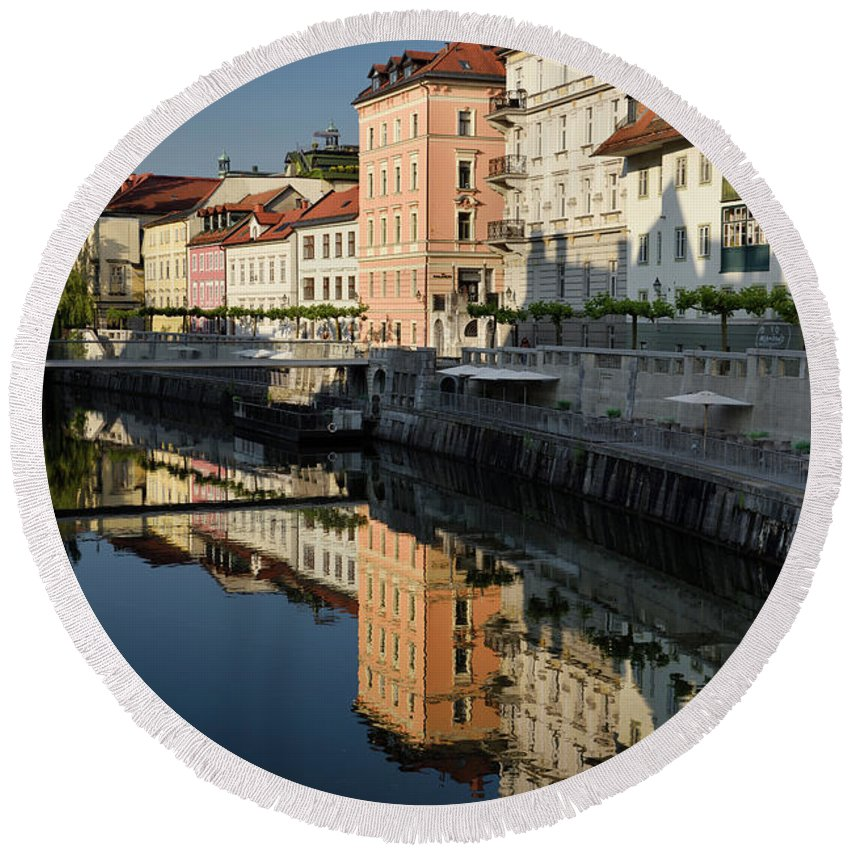 Bright Round Beach Towel featuring the photograph Bright Buildings At The Ribja Brv Modern Footbridge Reflected In by Reimar Gaertner