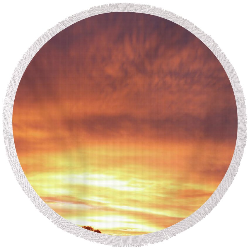 Landscape Round Beach Towel featuring the photograph Bright Sunset by Scott Sawyer