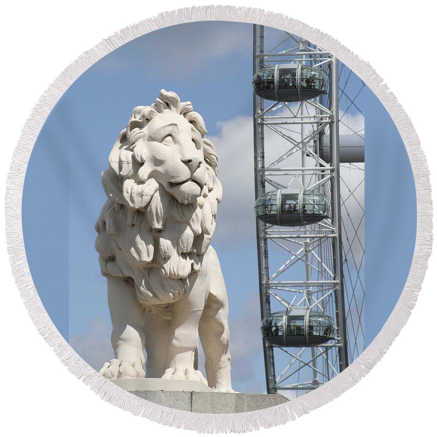 Lion Round Beach Towel featuring the photograph Britannia Lion by Margie Wildblood