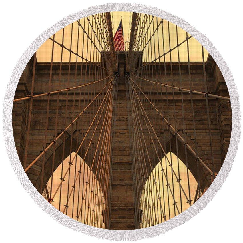 Brooklyn Bridge Round Beach Towel featuring the photograph Brooklyn Bridge Sunset by Stephen Stookey