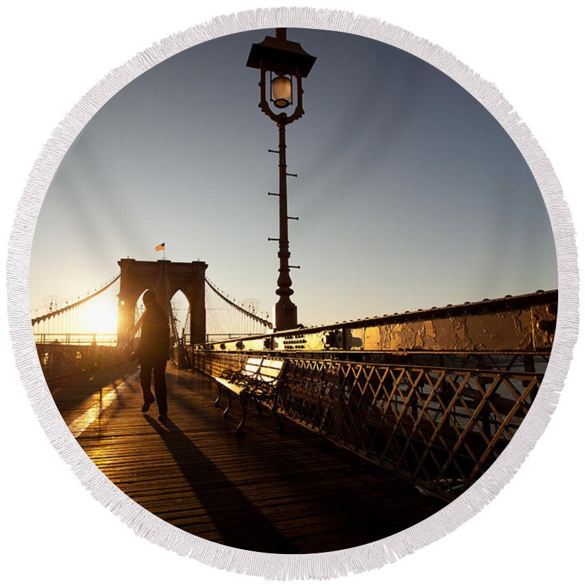 Arch Round Beach Towel featuring the photograph Brooklyn Brige Sunset by Avril Christophe