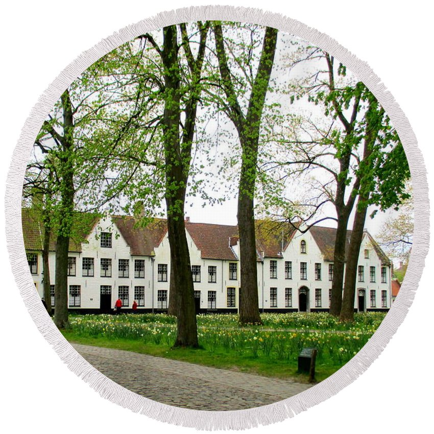 Bruges Round Beach Towel featuring the photograph Bruges Begijnhof 2 by Randall Weidner