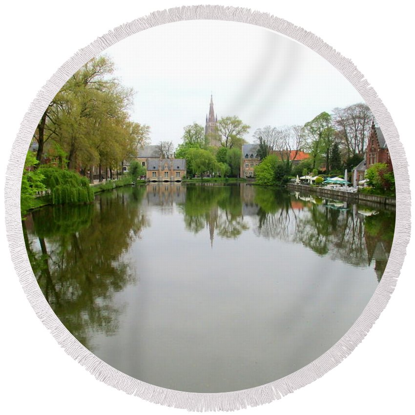 Bruges Round Beach Towel featuring the photograph Bruges Minnewater 2 by Randall Weidner