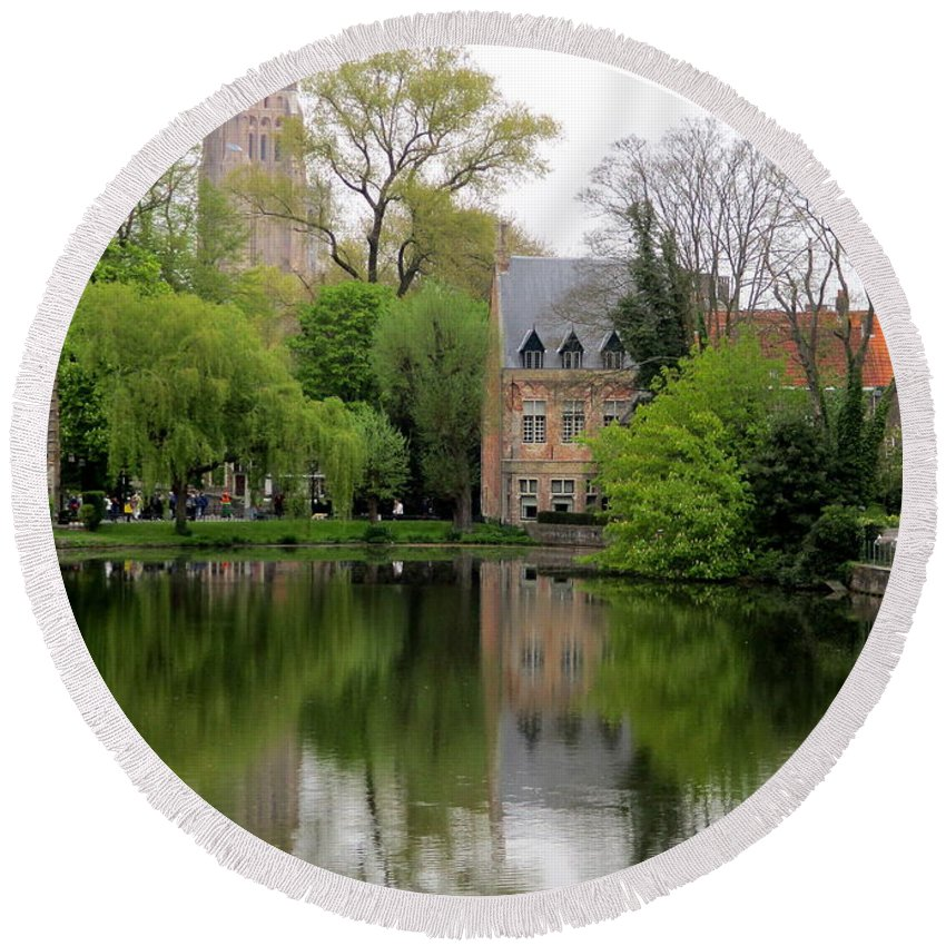Bruges Round Beach Towel featuring the photograph Bruges Minnewater 4 by Randall Weidner
