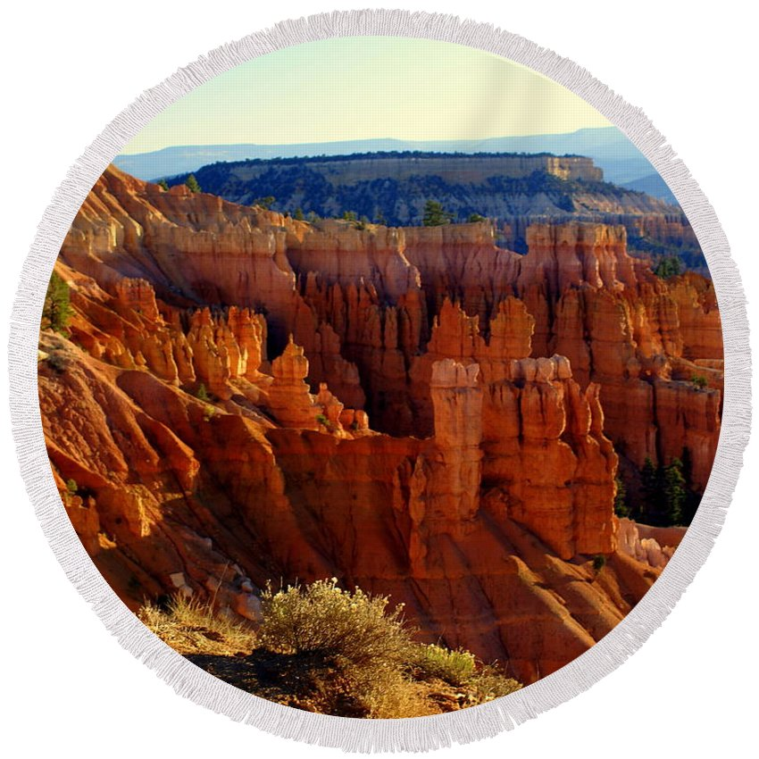 Br Round Beach Towel featuring the photograph Bryce 3 by Marty Koch