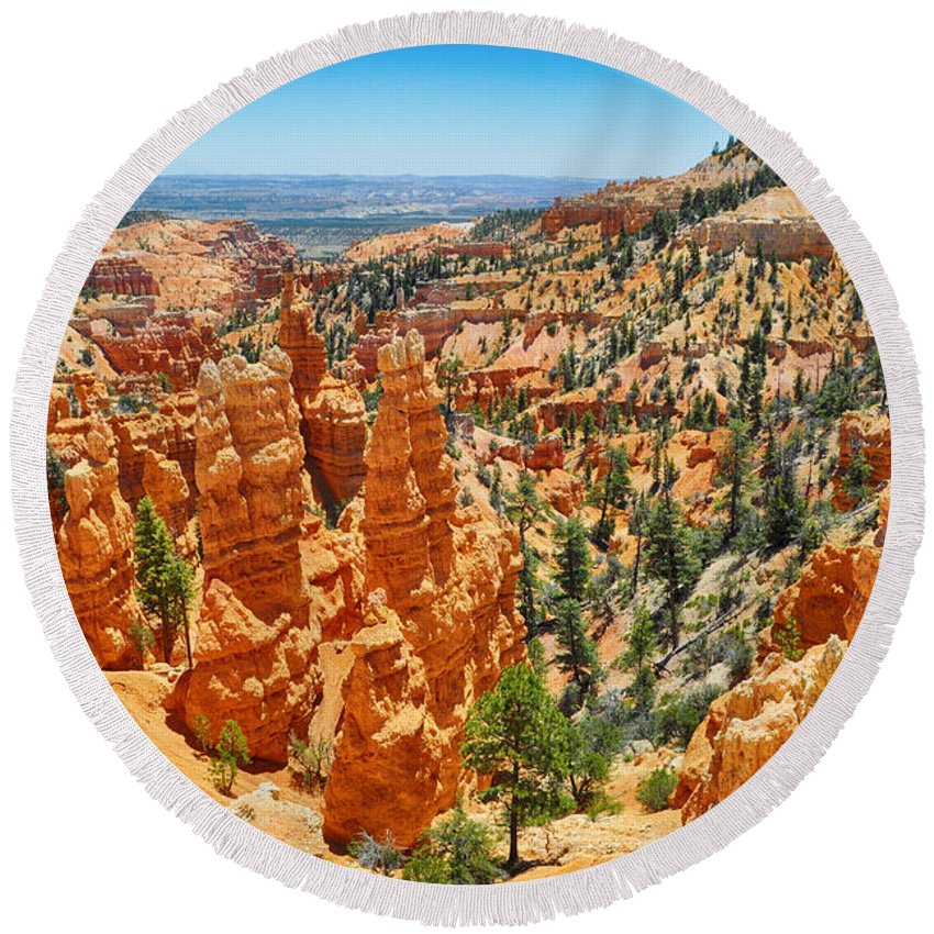 Bryce Canyon National Park Round Beach Towel featuring the photograph Bryce Canyon Fairyland Vista by Kyle Hanson