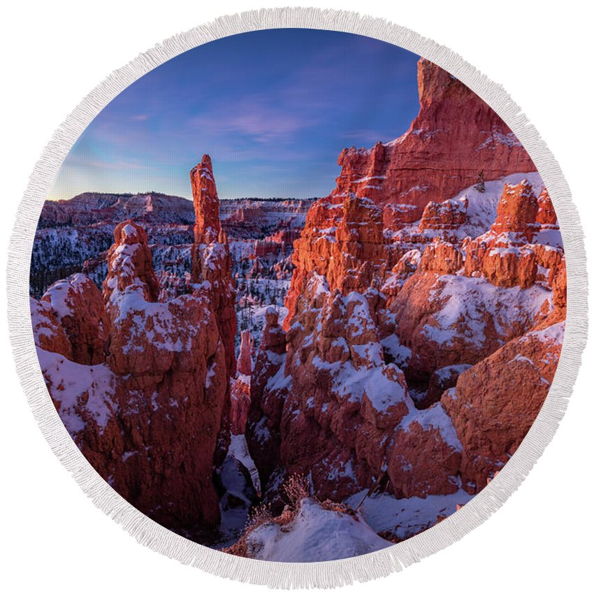 Amaizing Round Beach Towel featuring the photograph Bryce Tales by Edgars Erglis