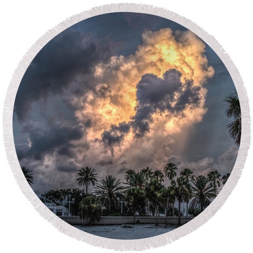 Florida Round Beach Towel featuring the photograph Bubbling Clouds by Jane Luxton