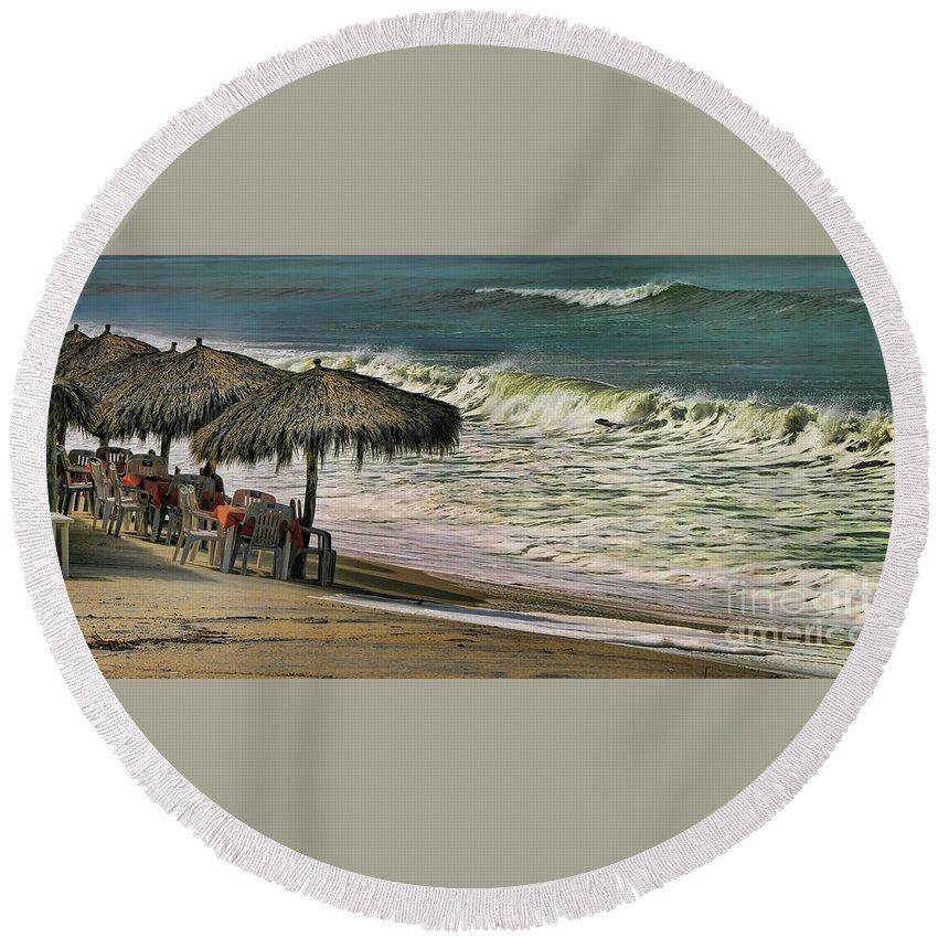 Mexico Round Beach Towel featuring the photograph Bucerias Beach Mexico by Chuck Kuhn