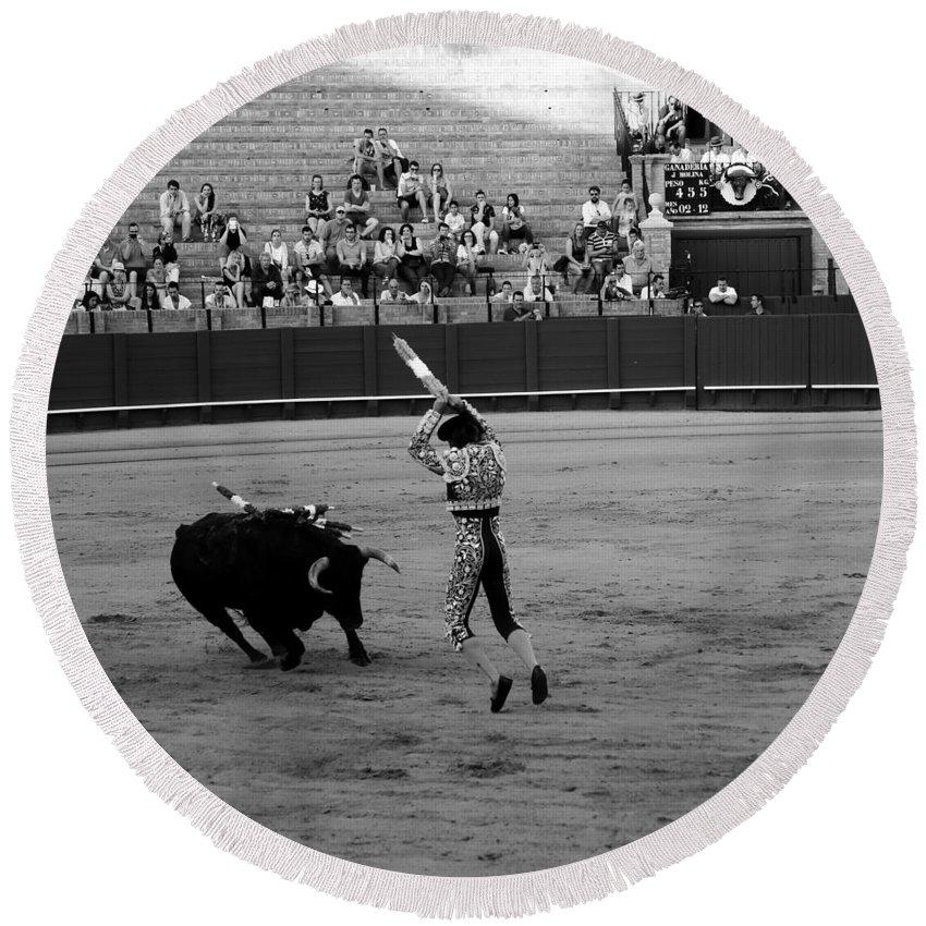 Bullfighting Round Beach Towel featuring the photograph Bullfighting 36b by Andrew Fare