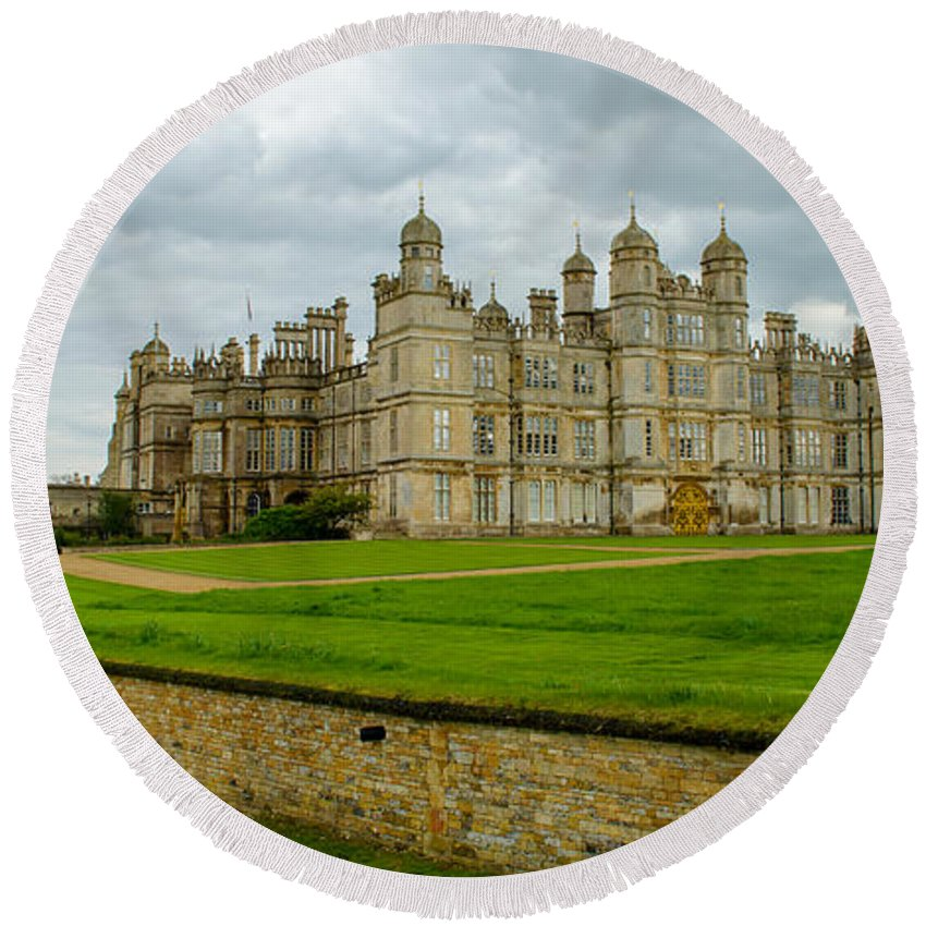 Burghley Round Beach Towel featuring the photograph Burghley House Estate by Shanna Hyatt