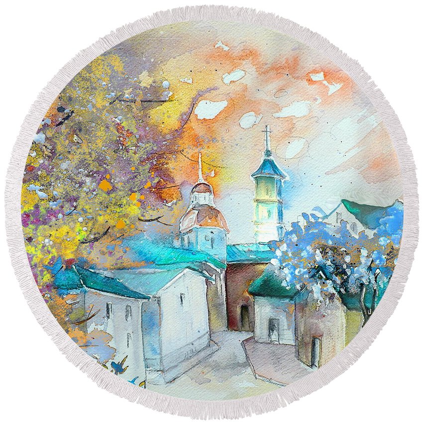 Watercolour Travel Painting Of A Village By Teruel In Spain Round Beach Towel featuring the painting By Teruel Spain 03 by Miki De Goodaboom