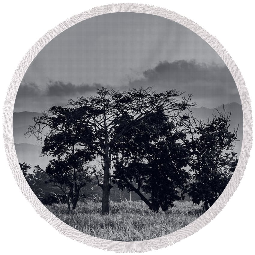 Black And White Round Beach Towel featuring the photograph Caballeria El Salvador by Totto Ponce