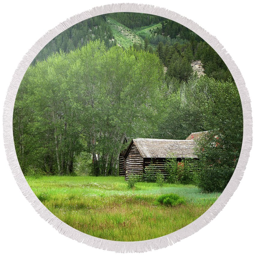 Aspens Round Beach Towel featuring the photograph Cabin In The Aspens by Alisha Jurgens