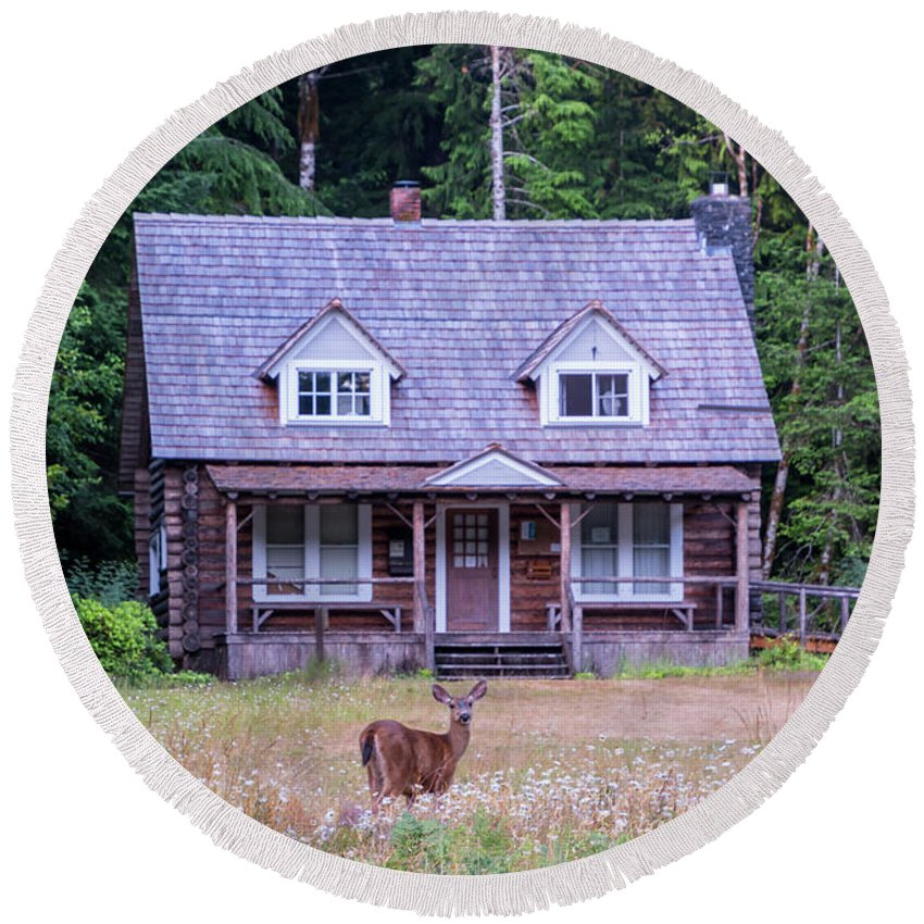 Cabin Round Beach Towel featuring the photograph Cabin Life by Ben Ford