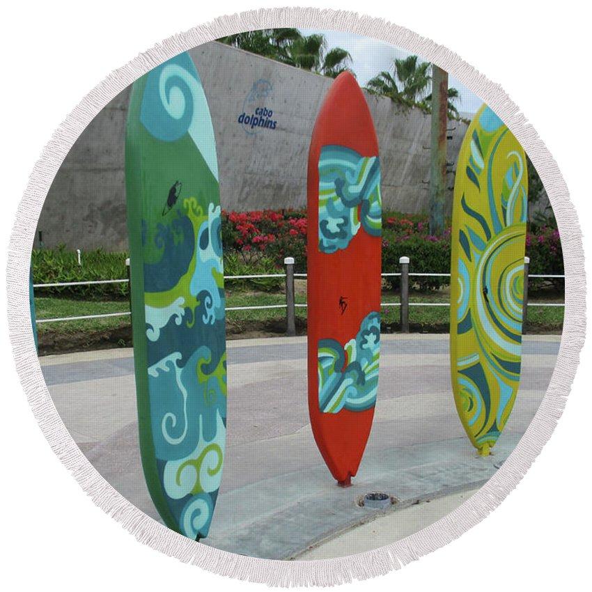 Cabo Surfboard Sculpture Round Beach Towel featuring the photograph Cabo Surfboard Sculpture 1 by Randall Weidner