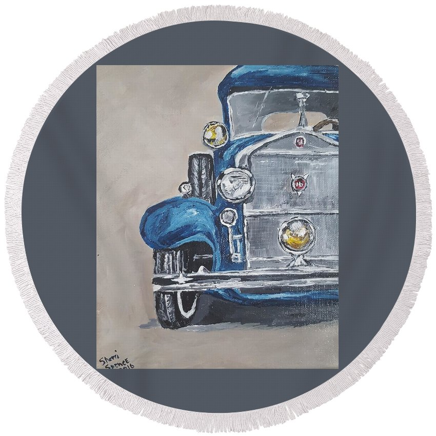 Vintage Car Round Beach Towel featuring the painting Cadillac V16 by Sherri Spence