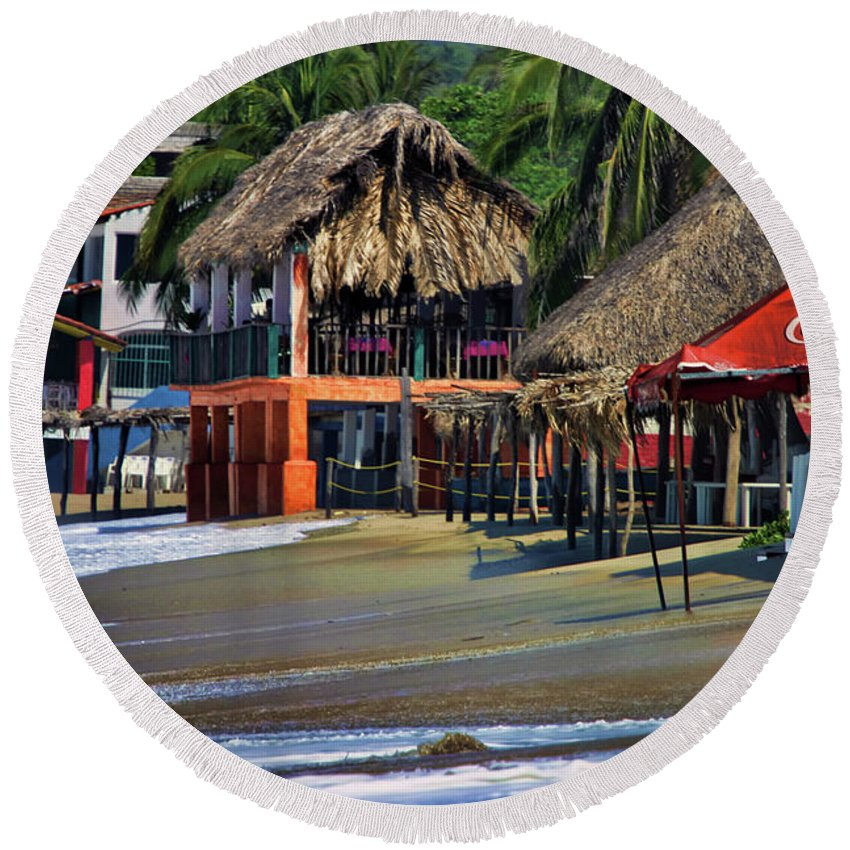 Mexico Round Beach Towel featuring the photograph Cafe Beach Bucerias Mexico by Chuck Kuhn
