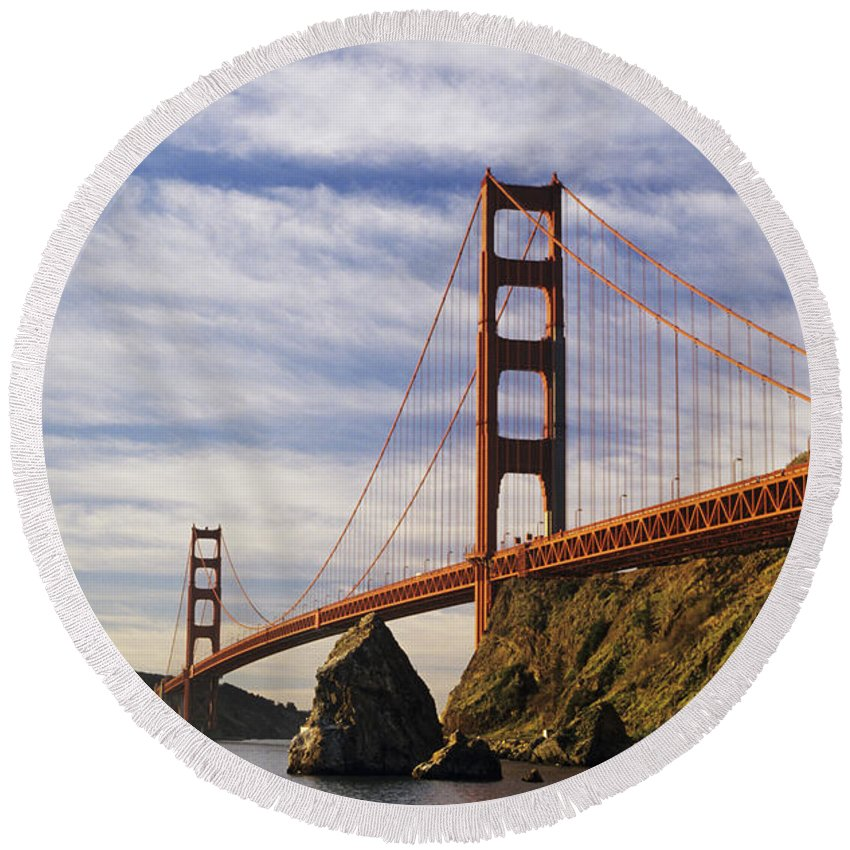 Across Round Beach Towel featuring the photograph California, San Francisco by Larry Dale Gordon - Printscapes