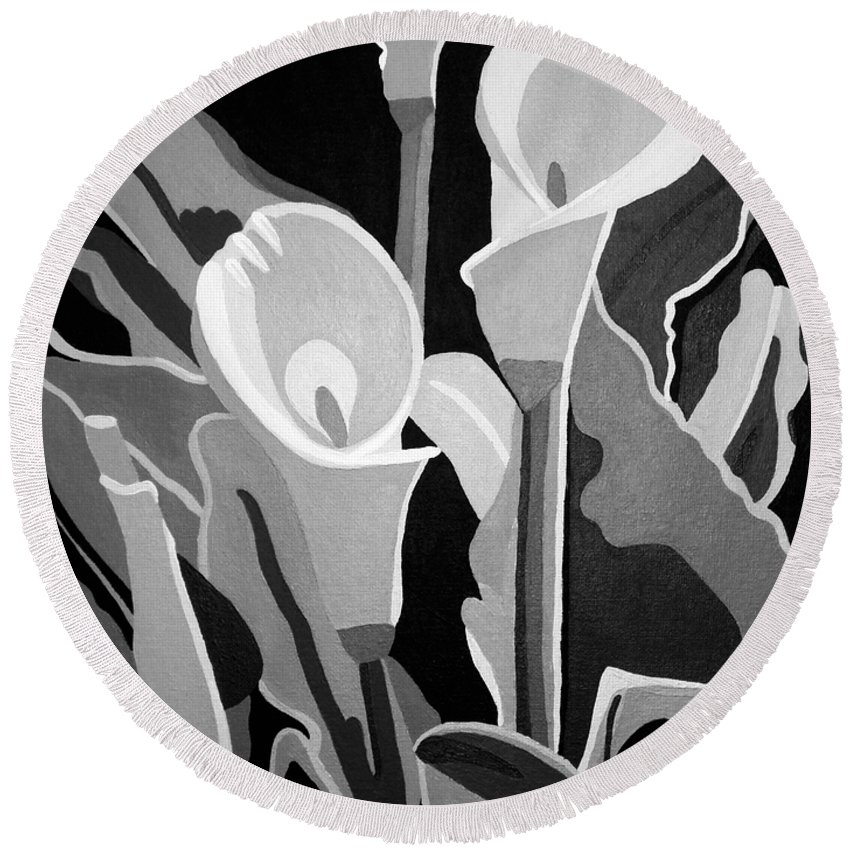Abstract Round Beach Towel featuring the painting Calla Lilies Bw by Angelina Vick